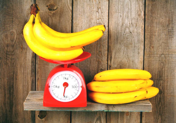 A Banana Including How Many Carb And Calories?