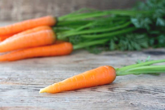 Carrots - Nutrition and health benefits
