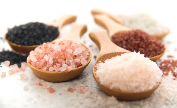 Comparison of Salt: Himalayan Salt - Kosher Salt - Regular Salt - ...