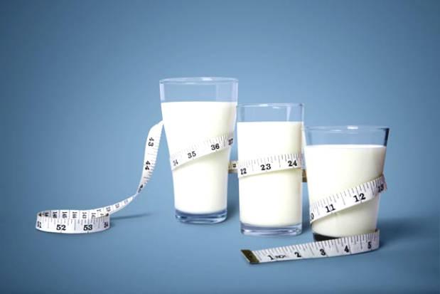 Creamy Whole Milk Is Better Than Fatty Milk And Fatty Milk ...