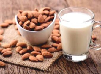 7 benefits of almond milk